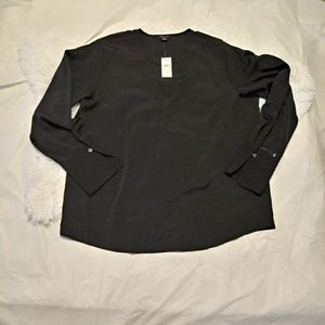 NWT Ann Taylor Factory Top. Long sleeve. V neck